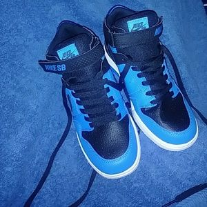 New Black/Blue/White Nike sneakers
